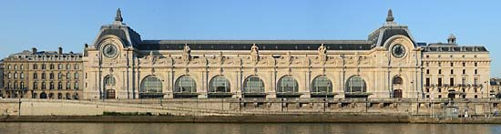 Musée d'Orsay, viewed from across the Seine.