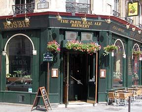 Exterior view of the Frog & Rosbif brew pub, rue Saint-Denis, Paris.